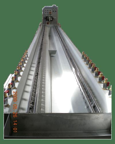Kunststoff Profilextrusion Kalibriertisch mit Kunststoffbetonwanne