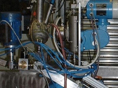 Zweikomponenten Klebstoff Dosierstation